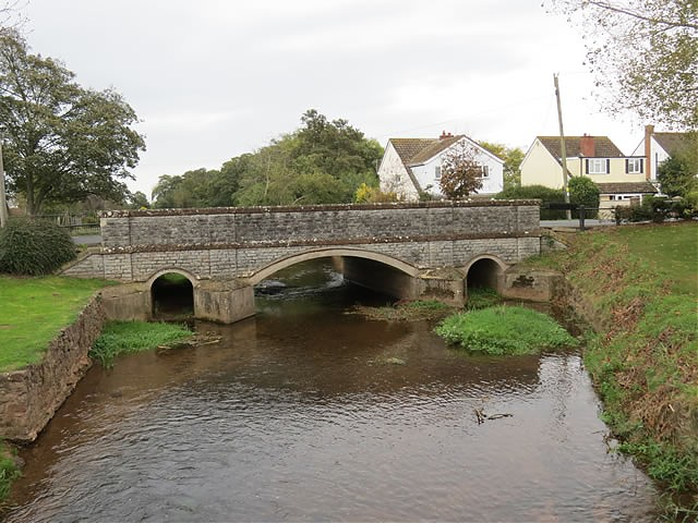 Cannington Bridge upstream arches