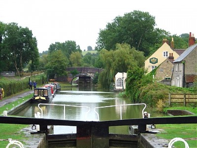 Seend Wharf Bridge and Lock