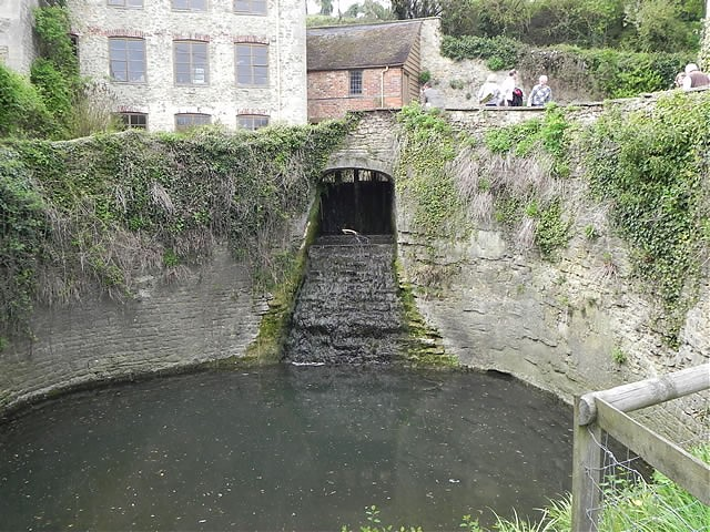 Gants Mill Mill Stream Return Sluice Weir