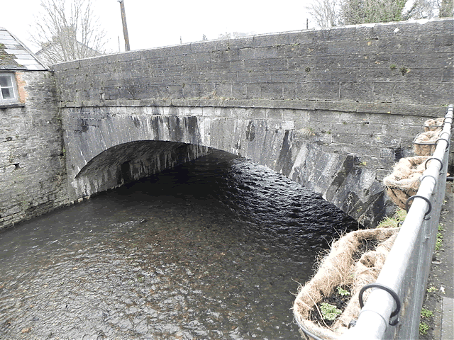 Bampton Bridge downstream arch